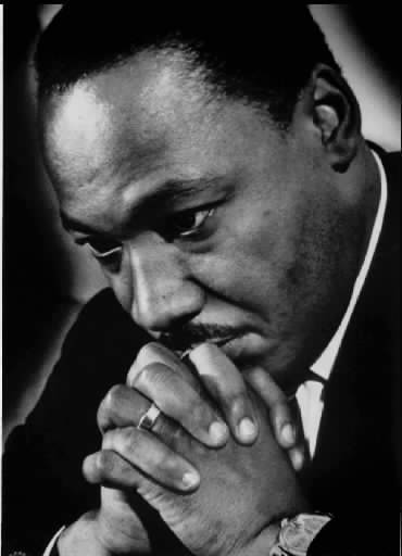 rev dr martin luther king praying
