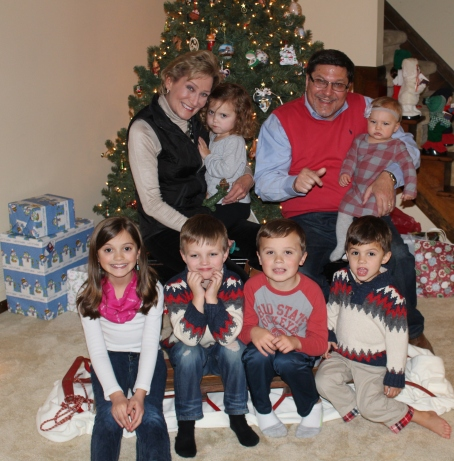 Bob and Diana with all grandkids