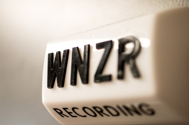 wnzr-on-air-light